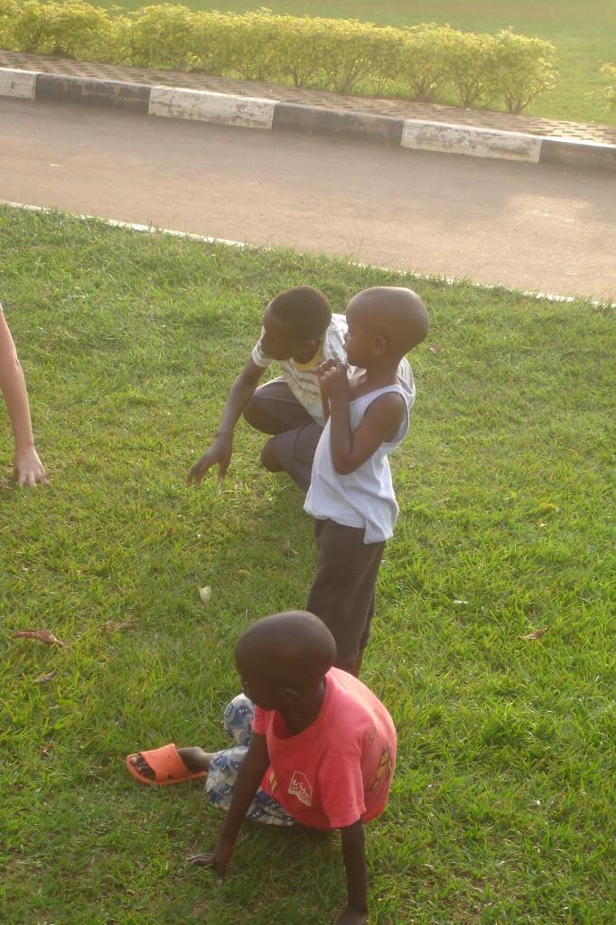 kids_uganda_breakdance_uganda_project