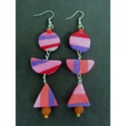 Earrings made of used flip-flop sandals