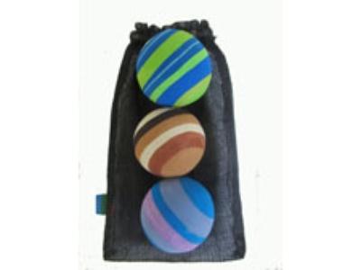 3 Juggling Balls made of used flip-flop sandals